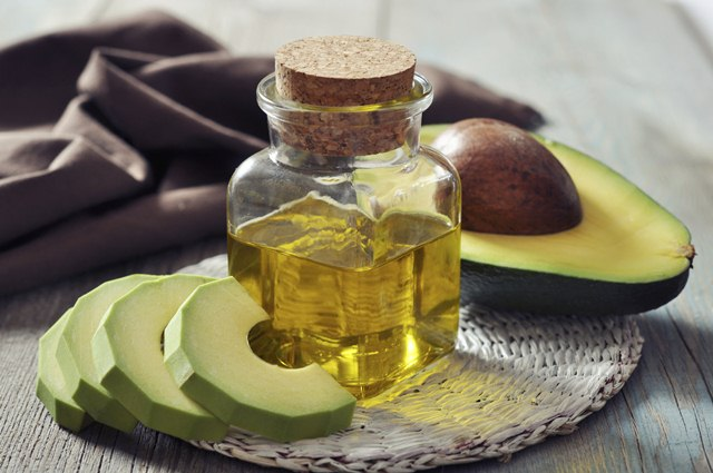 How To Use Avocado Oil In Our Beauty Regimen, Avocado Oil