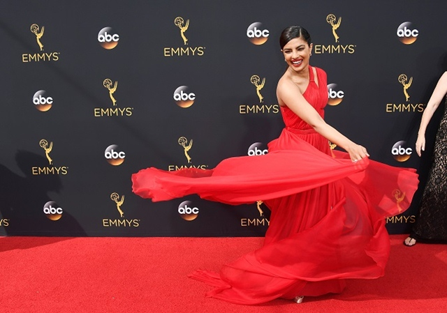 Priyanka Chopra's Red Hot Look at Emmys 2016 1, Priyanka Chopra