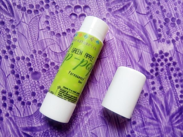 The Nature's Co Green Apple Lip Pop opening, The Nature's Co Green Apple Lip Pop, The Nature's Co, Lip Balm