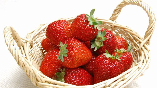 Health Benefits of Strawberry Fruit, Strawberry