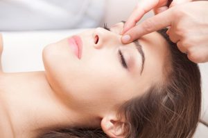 Benefits of Acupressure Face Massage, Facial Acupressure