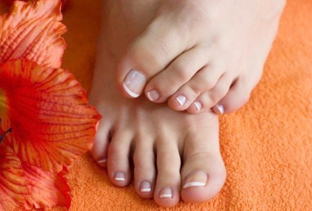 Easy Home Remedies for Ingrown Toenails, Ingrown Toenails