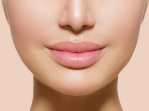 Easy Home Remedies to Get Plump Lips, Plump Lips