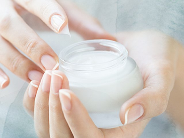 Alternate Uses of Moisturizer that Might Surprise You, Different Uses of Moisturizer
