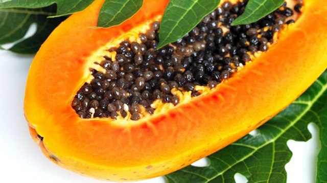 Why You need to Start Eating Papaya Seeds, Papaya Seeds