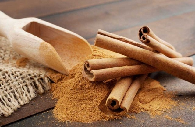 Use Cinnamon in Your Beauty Routine, cinnamon beauty benefits