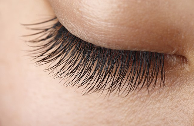 Home Remedy to Grow Eyelashes With Just 3 Ingredients, How to Grow Eyelashes