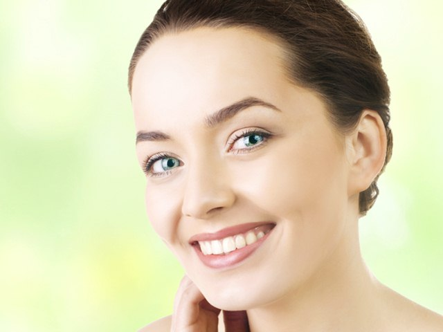 How to Use Almonds for fair skin, Almonds for Skin Brightening, Skin Brightening