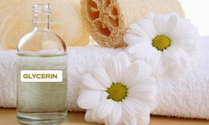 8 Benefits of Using Glycerin for Lip Care, Glycerin for Lip Care