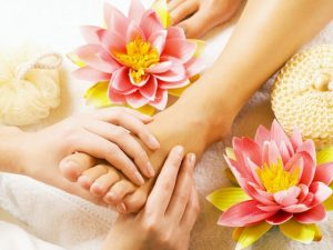 Tips to Make Your Feet and Toenails Look Gorgeous, Foot Care Tips