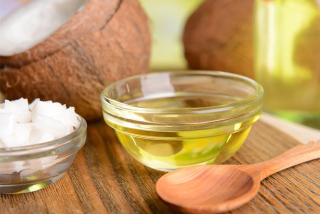 How to use coconut oil in beauty routine, Coconut Oil, benefits of coconut oil, coconut oil benefits