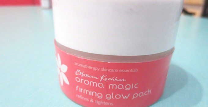 Blossom Kochhar Aroma Magic Firming Glow Face Pack Review