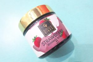 Good Vibes Strawberry Reviving Face Scrub Review