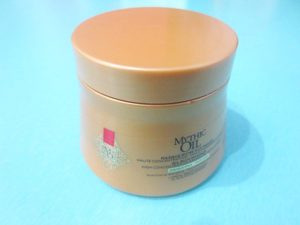 L'Oreal Professionnel Mythic Oil Masque Riche Aux Huiles for Hair tub